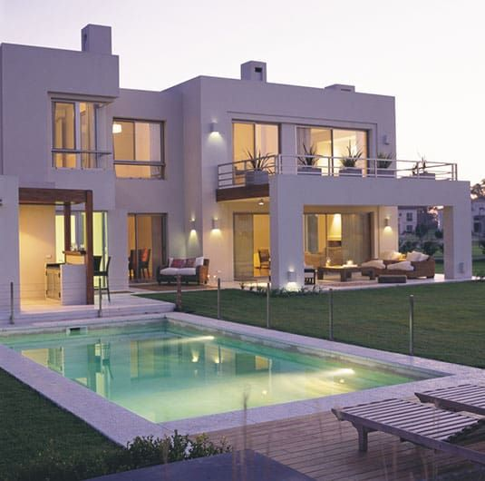 Exteriores casas de estilo por junor arquitectos en 2019 for Disenos de casas interiores y exteriores