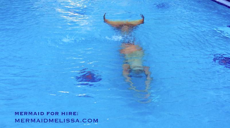 https://www.youtube.com/watch?v=I2tmkSbCGkE #mermaid #mermaidmelissa #underwater  Professional Mermaid Company Mermaid Entertainment Mermaid Entertainer Mermaid Performer Hire a Mermaid Professional Mermaid Real-Life Mermaid Aquatic Performer