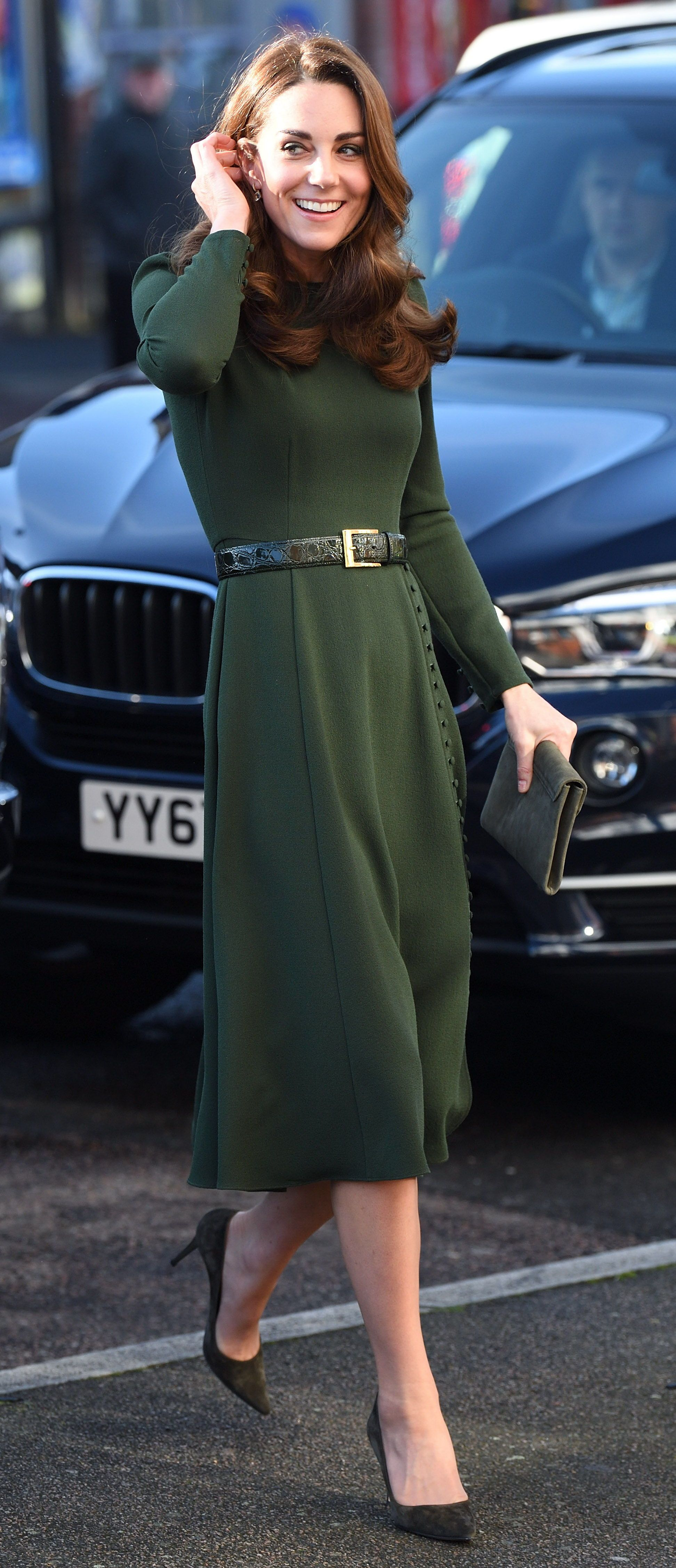 KateMiddleton hid a subtle message in her head-to-toe green look.  royals   katemiddletonfashion  britishroyals  middleton  duchess  royalfashion 2887a5143