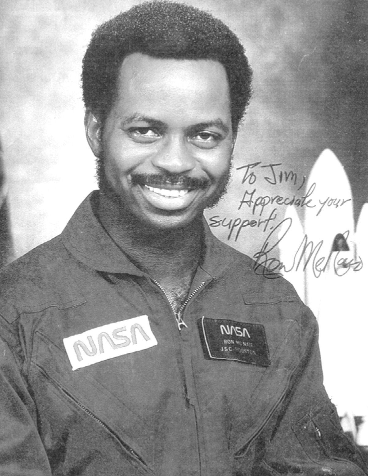 famous astronaut mcnair - photo #5