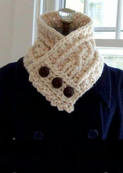 Cuello de estambre con botones calientito | CREAR | Pinterest ...