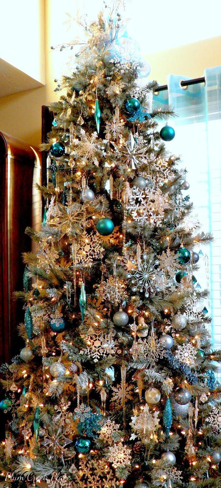 Blue christmas trees decorating ideas - Blue Teal Turquoise Christmas Ideas