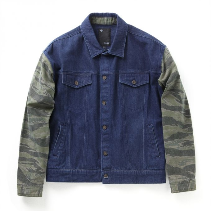 Denim /toneontone camouflage print fabric blend Contrast camouflage sleeve Boxy shape Washed; soft touch Can also wear inside chunky clothings
