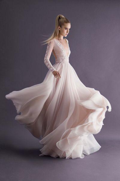 Langärmliges Brautkleid, cremefarben, aus der Paolo Sebastian ...