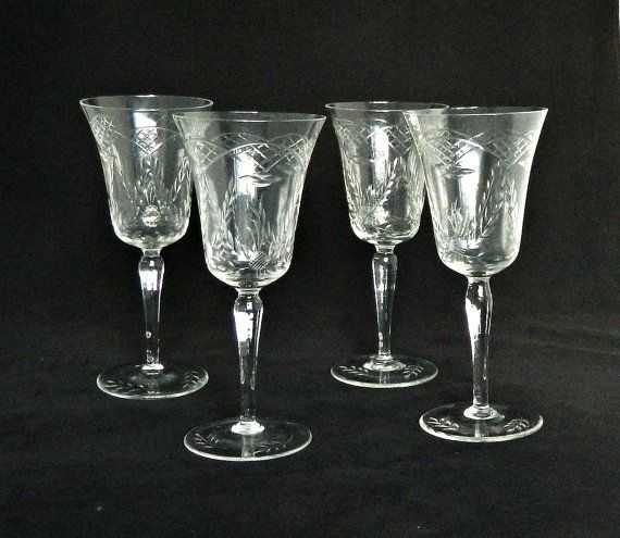 Four Antique Etched Crystal Wine Glasses 1920s Art Deco Wine Glasses Set Vintage Crystal Wine Glasses Crystal Wine Glasses Antiques Glass Art