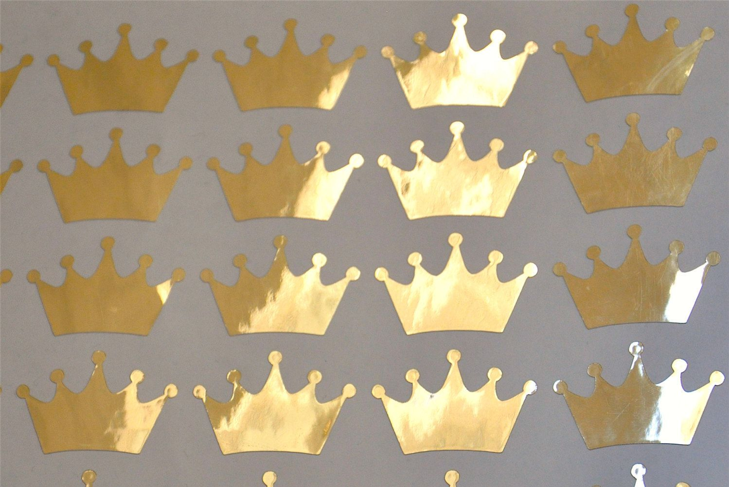 Crown Vinyl sticker, Princess theme party, gold crowns decals decor ...