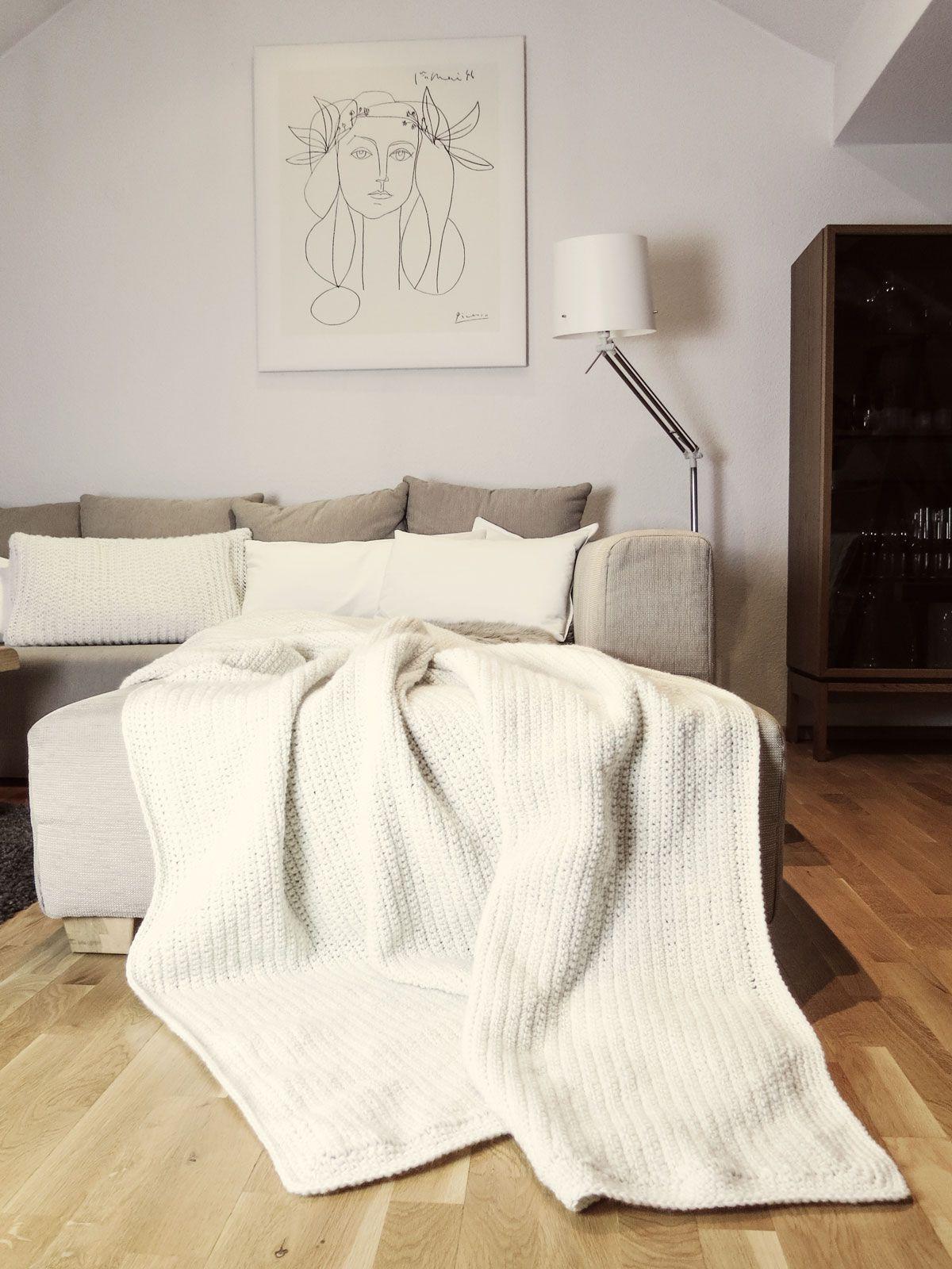 DIY | Häkeldecke, Couch und Zweifel