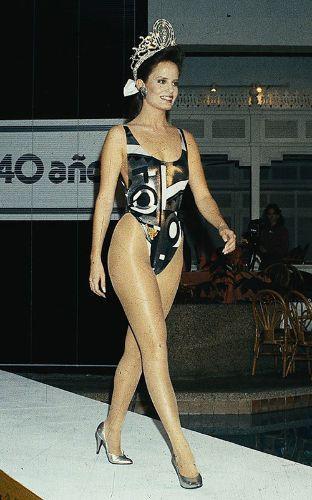 Cecilia Bolocco, Miss Universo 1987 | Trajes de baño de