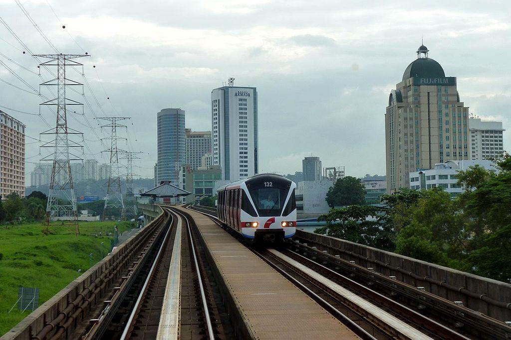 RapidKL Kelana Jaya line Petaling Jaya Kelana Jaya line