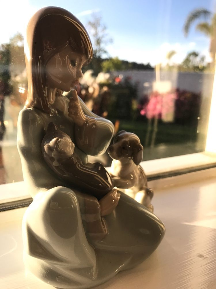Lladro Porcelain 5.5in Figure Cat Nap #5640G Girl With