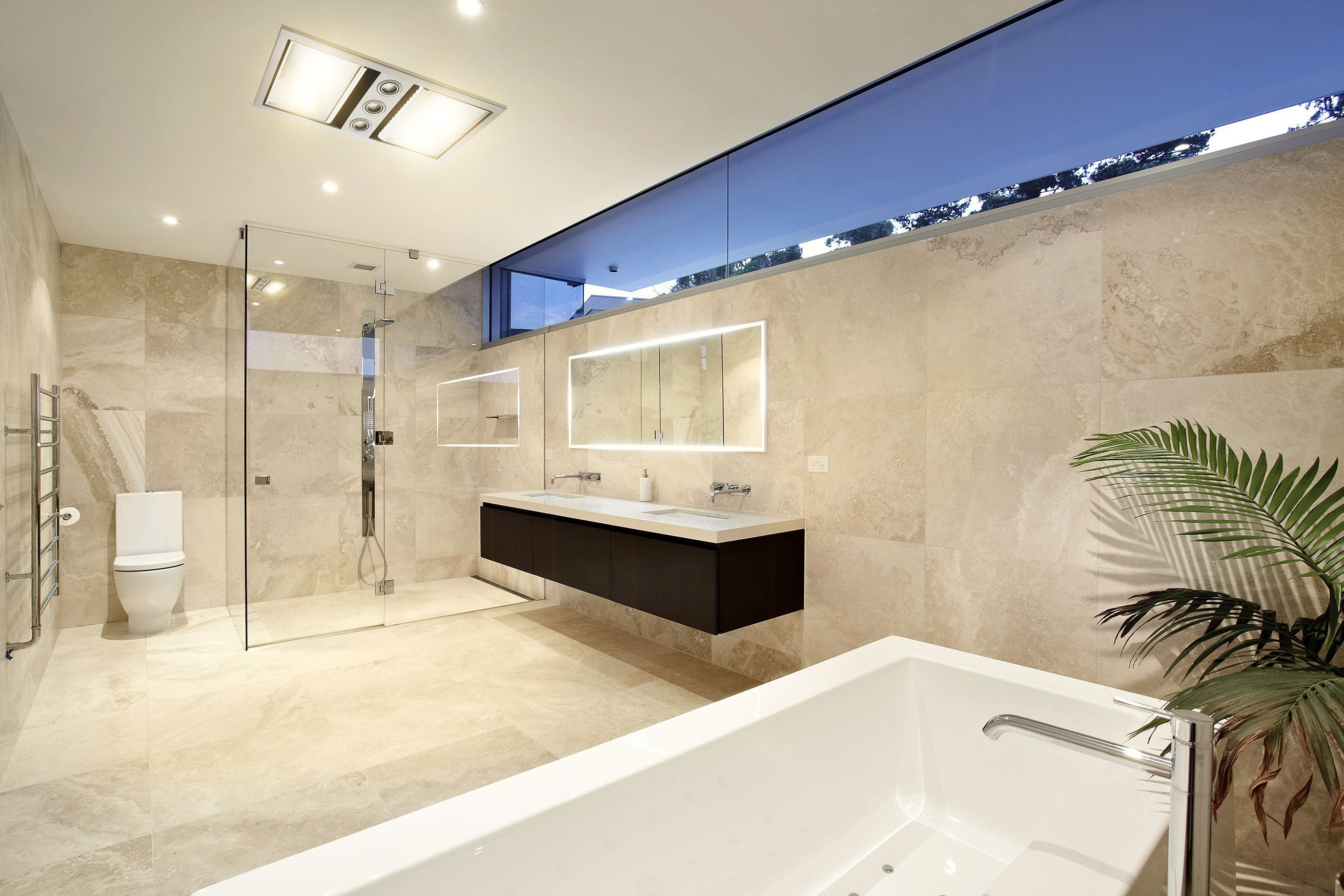 More #bathroomdesign featuring the #IXLneo. This long and high ...