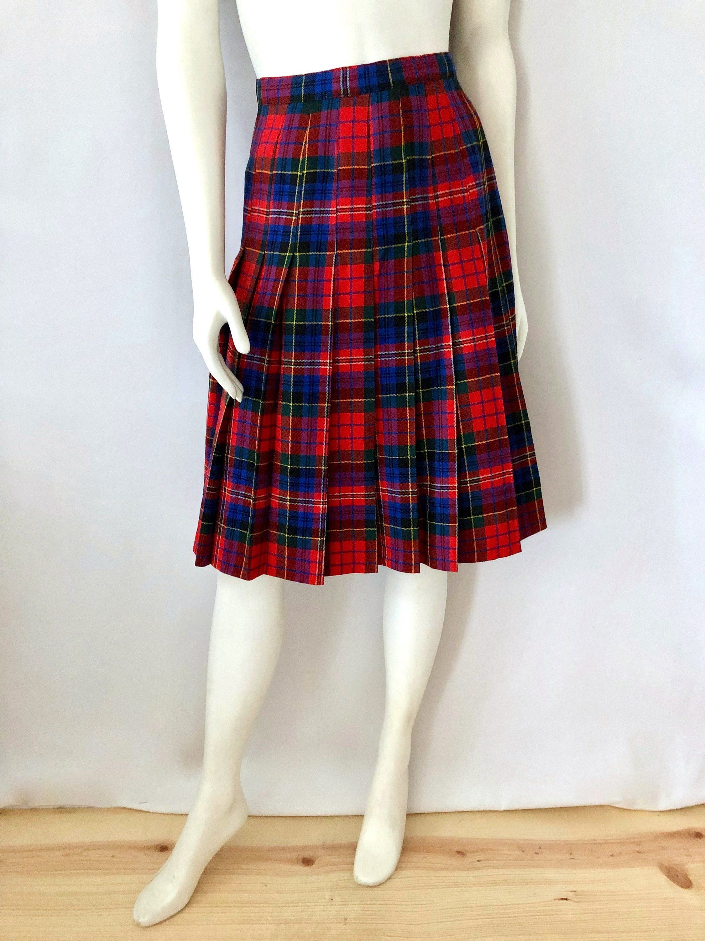 508d22374b Vintage Women's 60's/70's Red, Tartan, Plaid, Pleated, Skirt (S) by  Freshandswanky on Etsy
