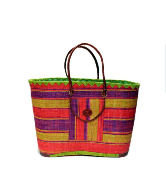 Misa  raffia basket, tote bag is one of our best  Seller.  It has both inside and front pockets.  It can be used for storage,  farmers market, beach bag and for traveling. This basket has a draw string and leather handles too.  Misa is made with Raffia and Straw by the artisan women from Madagascar, Africa.  Dimensions: 20W x 14H x 10D