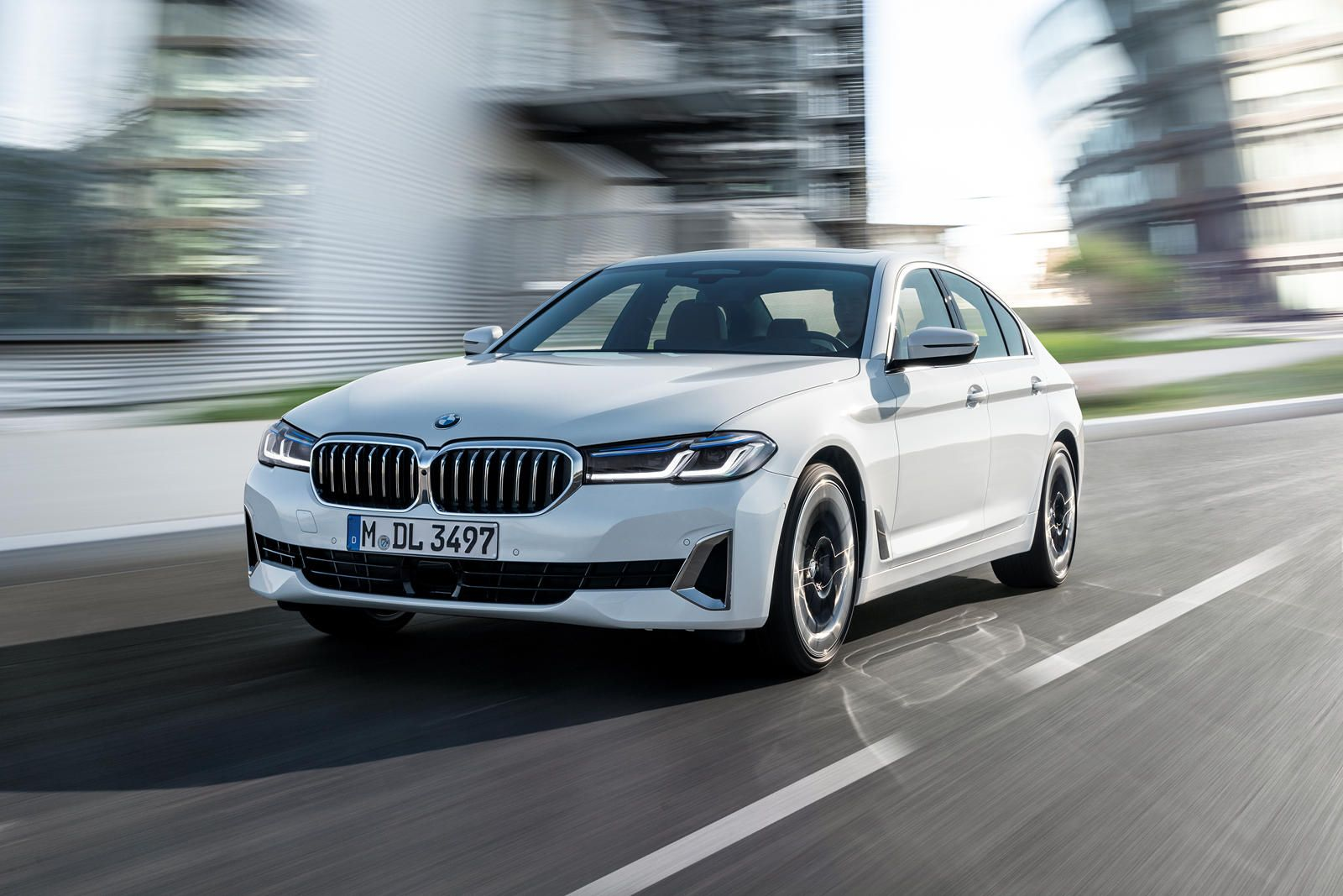 2021 Bmw 5 Series First Look Review Retaining The Crown Prestige Matters Always In 2020 Bmw Bmw 5 Series Sedan