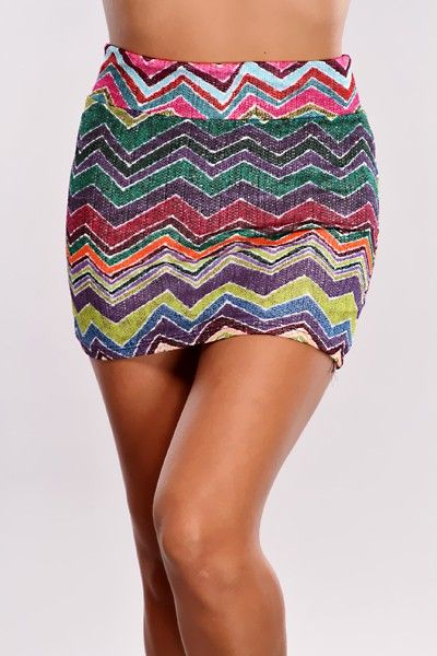 You have been a stylist long enough to know that arriving late for a final fitting has been out of fashion in every era! Show up to your next gig right on time in this great skirt, a solid tank, a fitted blazer, and tall wedges to show em you mean business! It features a zigzag printed pattern, stretchy fit, vibrant colors, knitted detail, and its tight fitted. Model is wearing a small. 100% polyester.