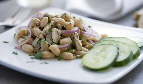 Recipes for Health - Tuna and Bean Salad - NYTimes.com