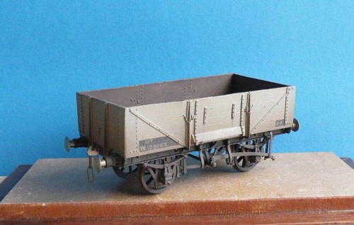 ABS-O-gauge-7mm-metal-kit-built-GWR-BR-5-plank-MINERAL-WAGON
