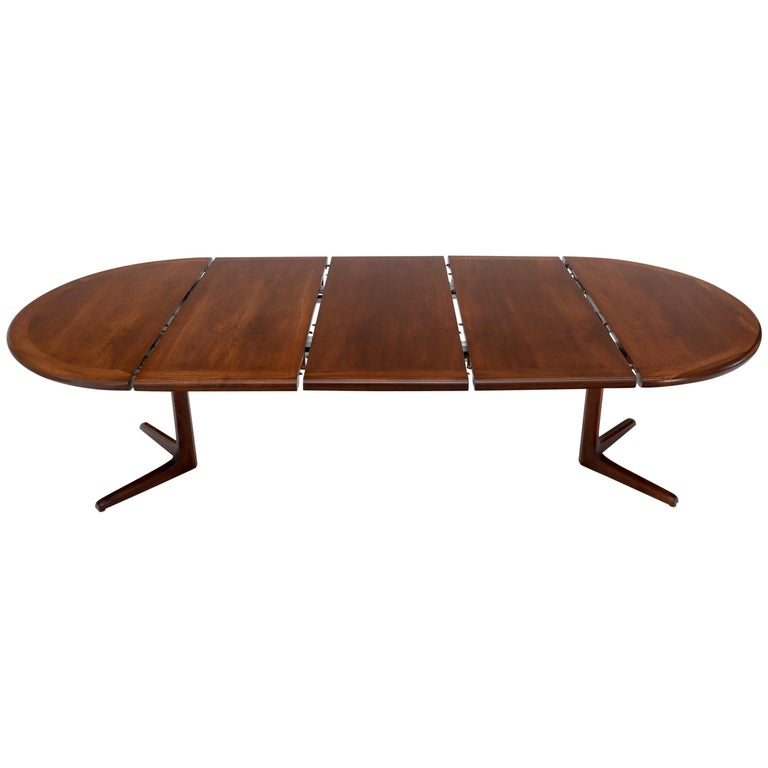 Walnut Danish Mid Century Modern Round Dining Table 3 Extension