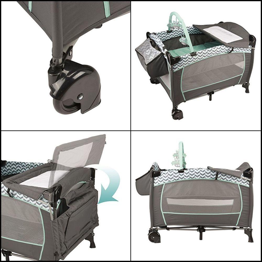 Baby Portable Babysuite Deluxe Spearmint Spree Changer Bassinet
