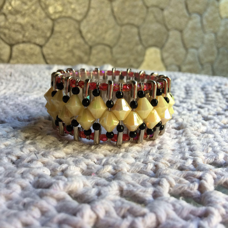 Bracelete alfinetes