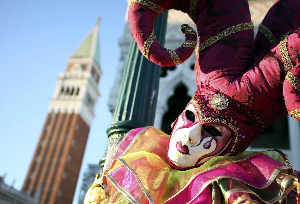 El Color Del Carnaval De Venecia Carnival Of Venice Carnival Venice