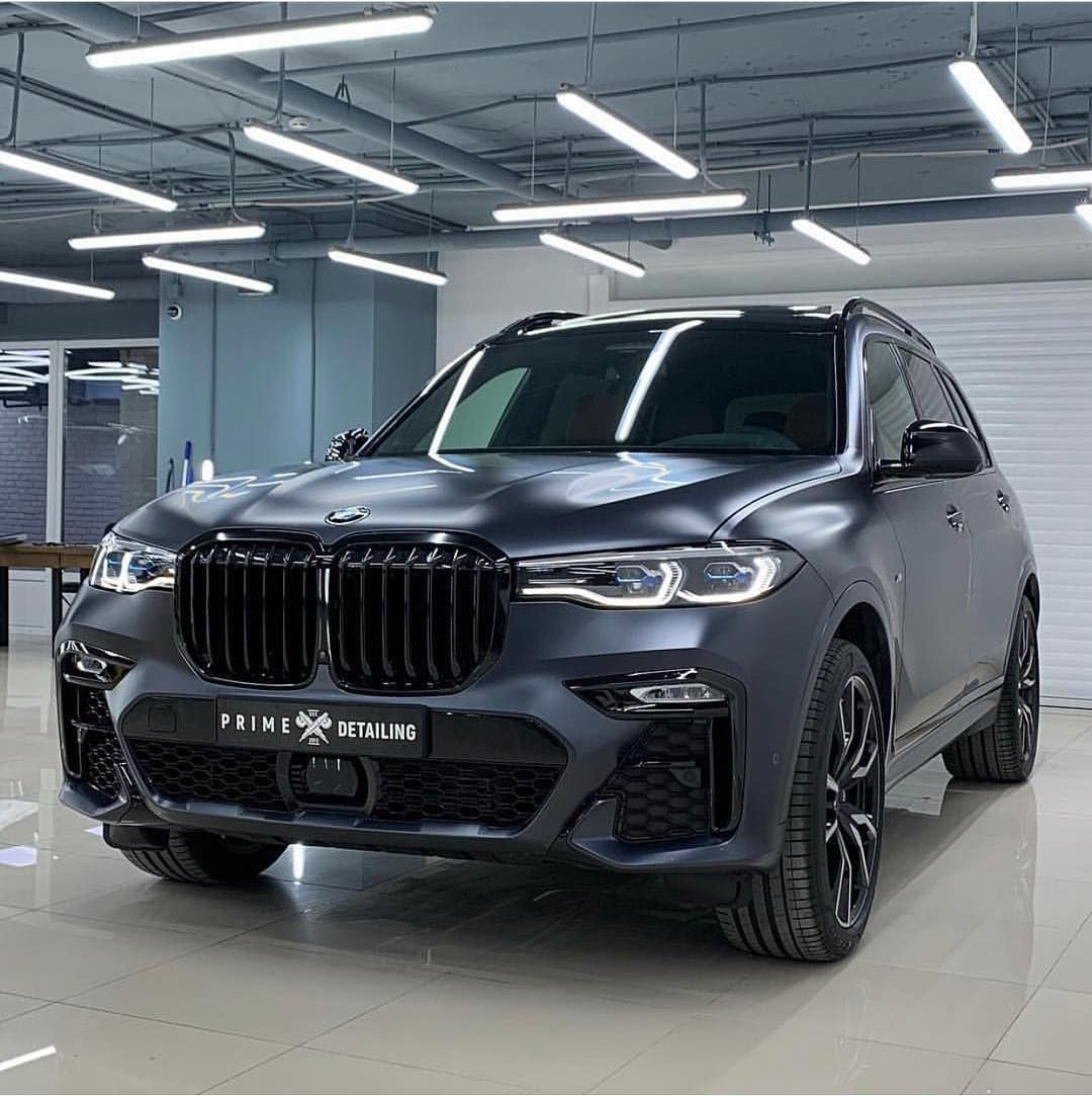 An Amazing Color On Amazing Car The All New Bmw X7 Bmw Bmwx Bmwx7 Bmwx7m X7 Bmwx5 Bmwx3 Bmwx6 Bmwm Mpower Bmwmpower Mobil Mewah Mobil Kemewahan