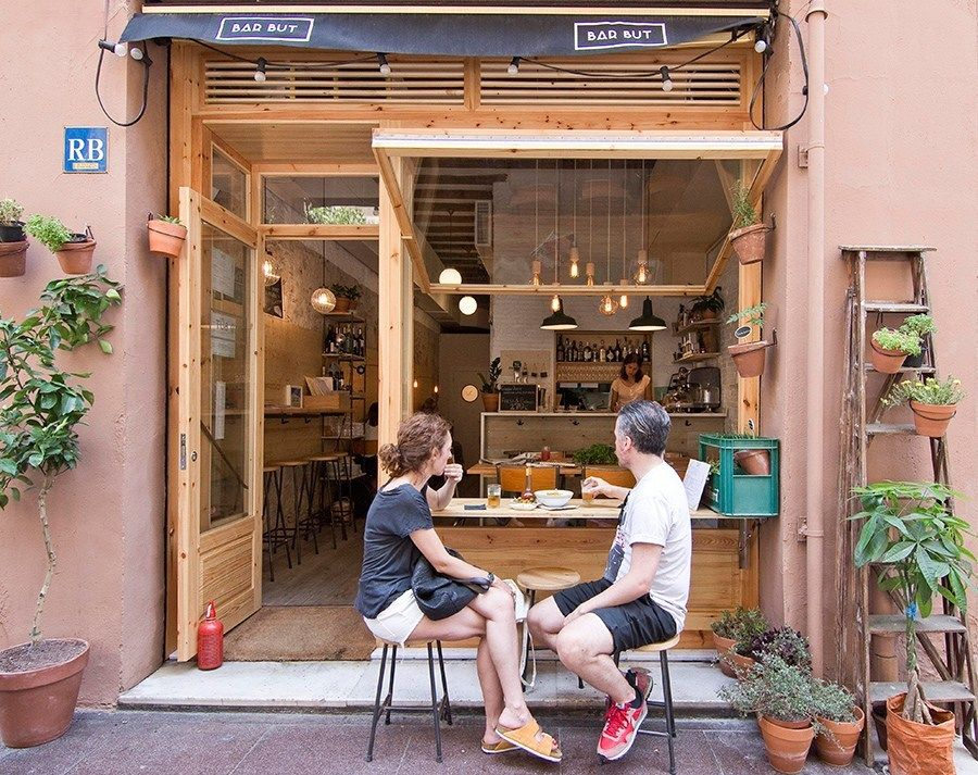 Bar But: All-day coffee & dining spot in Barcelona's Vila ...