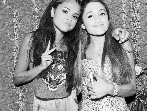 Selena Gomez and Ariana Grande my too favorite celebs/singers/actress