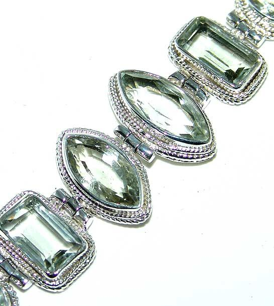 Green Amethyst bracelet designed and created by Sizzling Silver. Please visit  www.sizzlingsilver.com. Product code: BR-642
