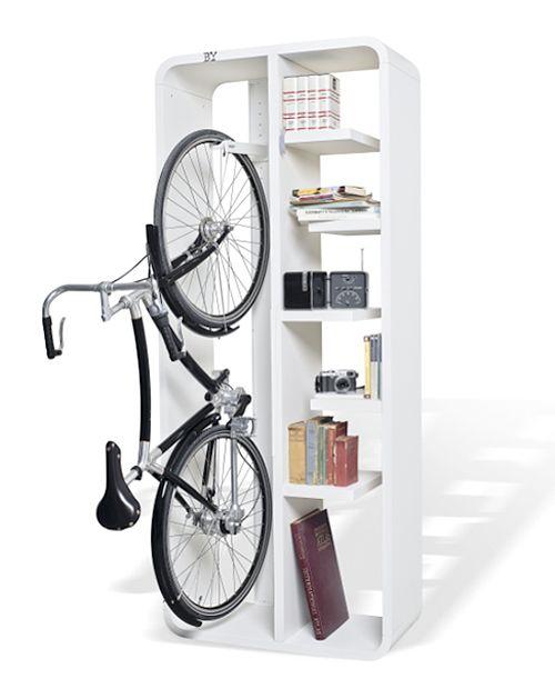 Como colgar bicicletas en poco espacio aparcador de - Guardar bicicletas en poco espacio ...