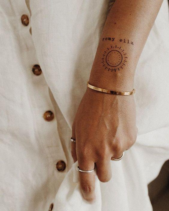 Photo of Eine große Auswahl an kleinen Tattoos für Frauen #tattoosforwomensmall Eine große Auswahl an … – My