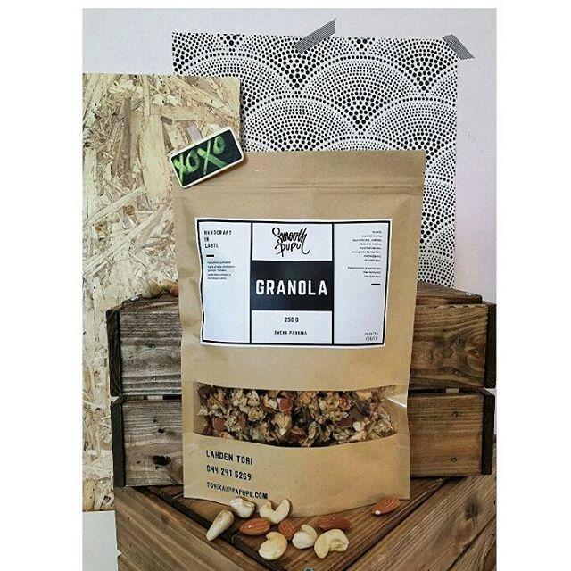 #smoothpupu #manteli #cashew #granola  Pähkinöiden ja siementen maahantuonnin hoitaa lahtelainen pitkän linjan #perheyritys @maustemesta  #lahti #lahentori #maustemesta