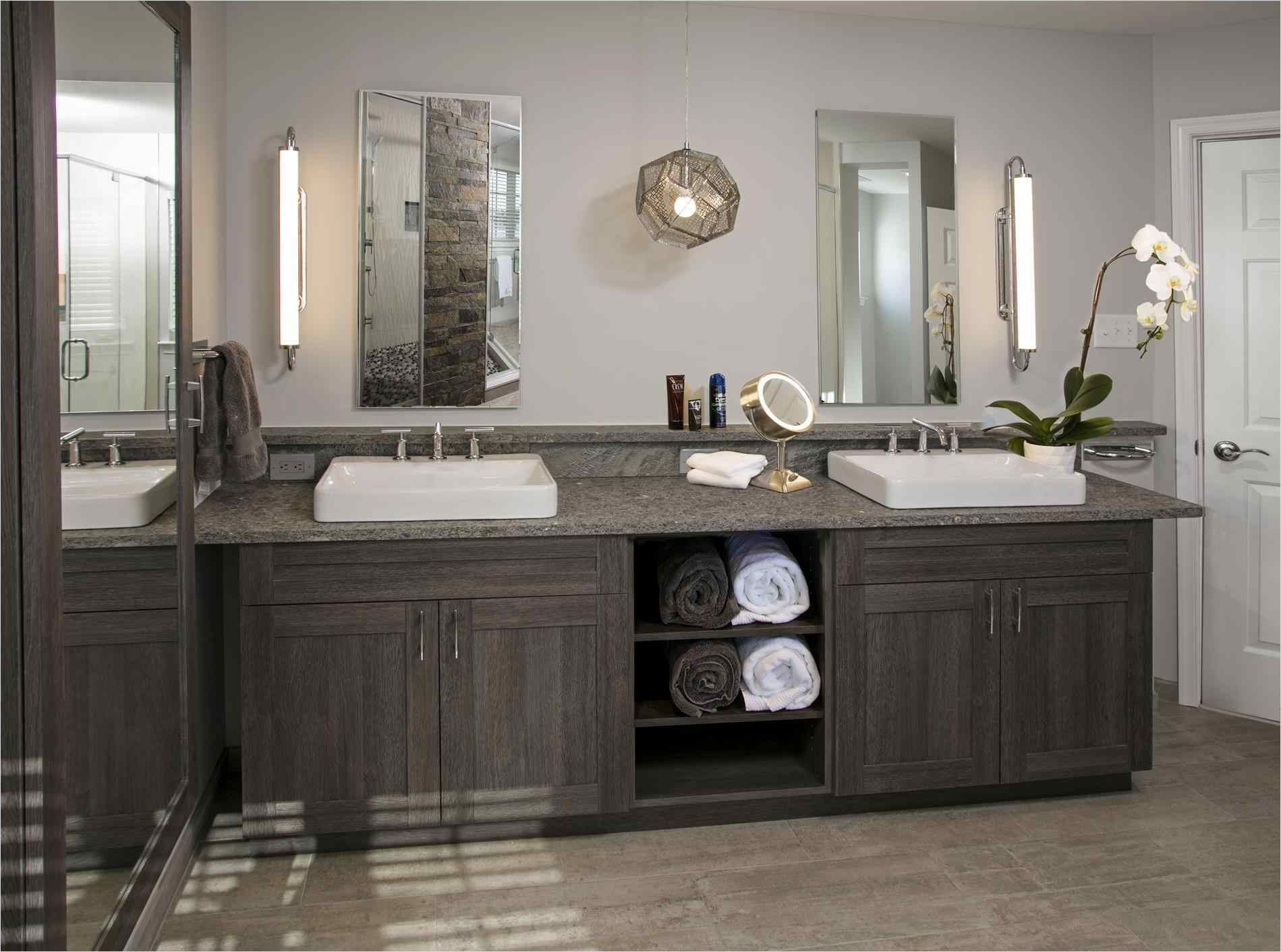 43 Stunning Rustic Modern Bathroom Design Ideas Bathrooms Rustic Master Bathroom Modern Bathroom Design Bathroom