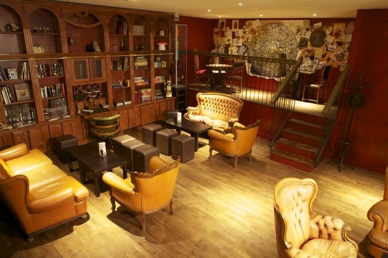 steampunk inneneinrichtung gestalten tipps, le dernier bar avant la fin du monde : vous êtes prêts ? | paris, Design ideen