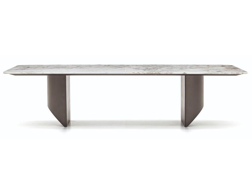 Wedge 大理石桌由minotti设计nendo