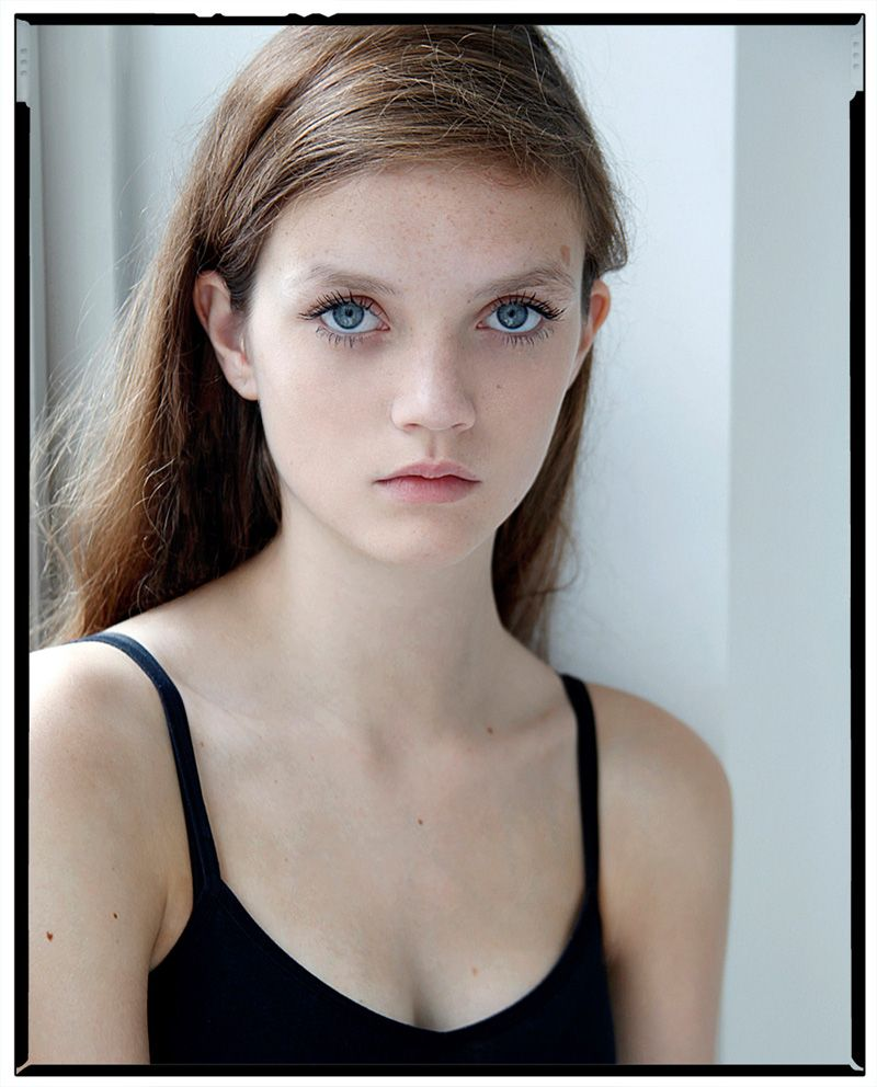 Stunning And Surprising New Looks: Grace Anderson :: Newfaces
