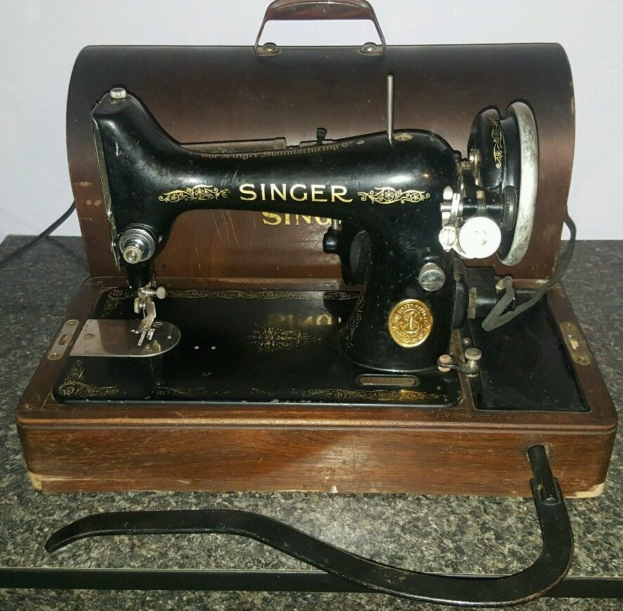 Vintage Singer Portable Sewing Machine 4040 Wooden Case Knee Adorable Vintage Singer Portable Sewing Machine