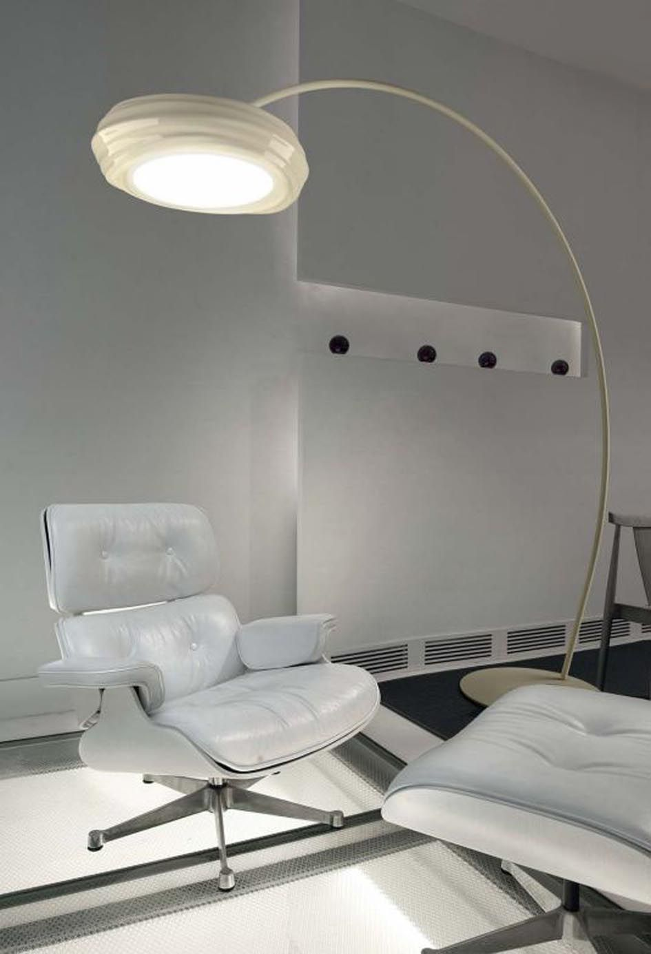 Lamparas modernas pie de salon colecci n tuareg - Iluminacion de pie ...