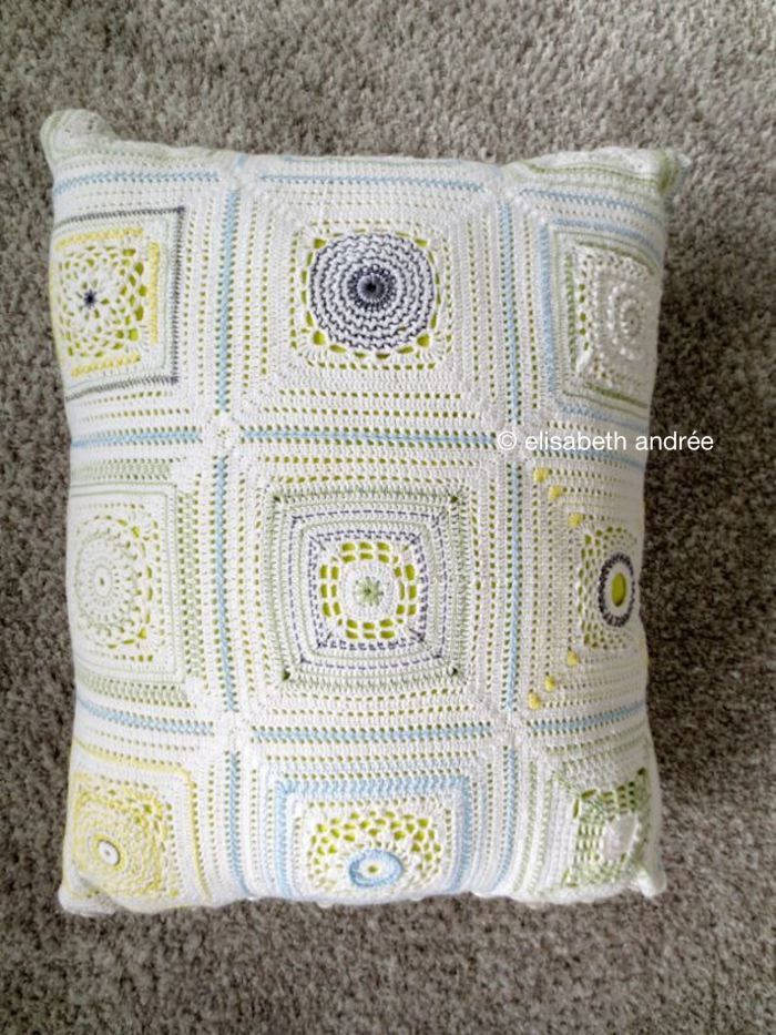 crocheting a round into a square | crochet by elisabeth andrée ...