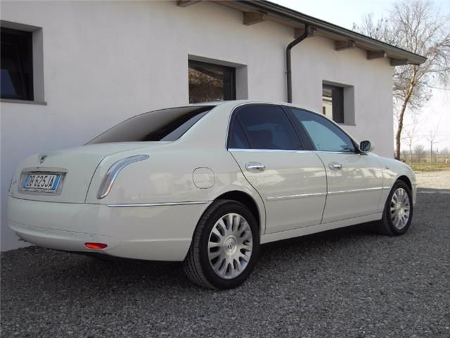 lancia thesis 2.4 jtd 20v aut. executive