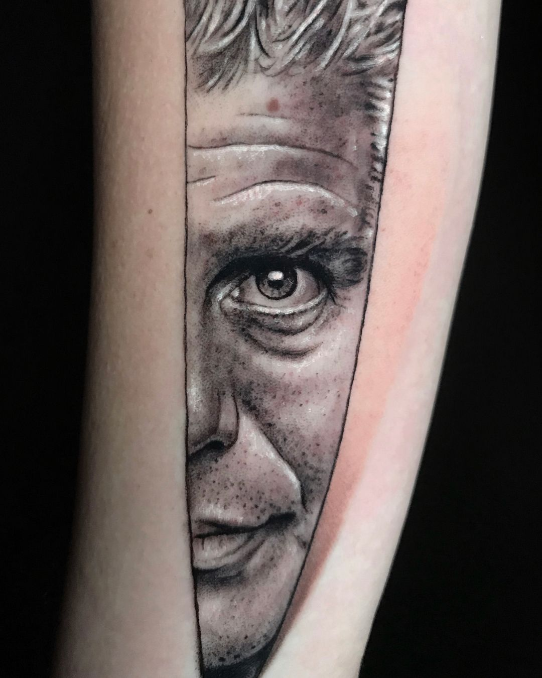 Anthony bourdain tribute piece done with silverbackink