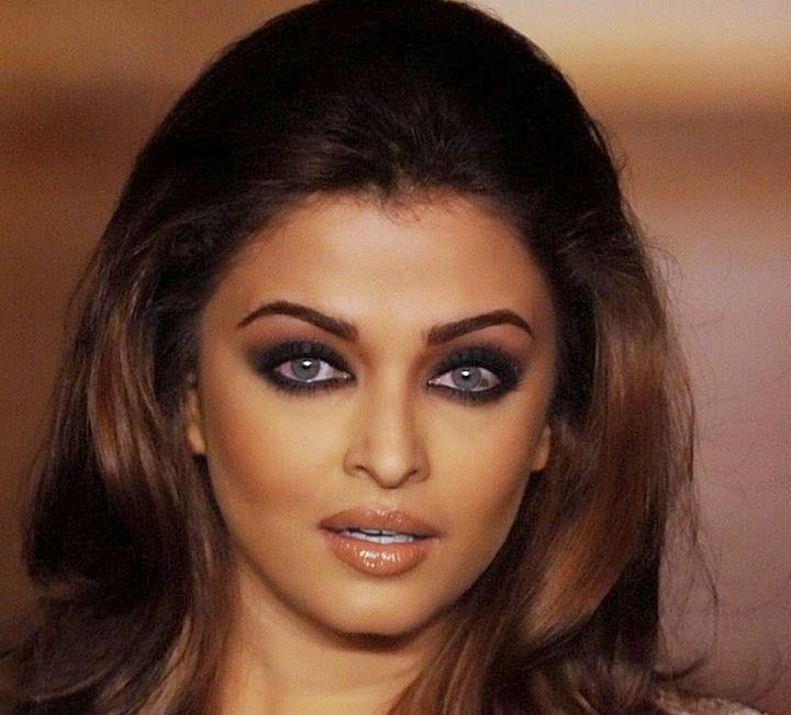Black Smokey Eye Makeup For Indian Skin Step By Step Person's eyes is the  most beautiful part of the body so here is Smokey Black eye makeup Indian