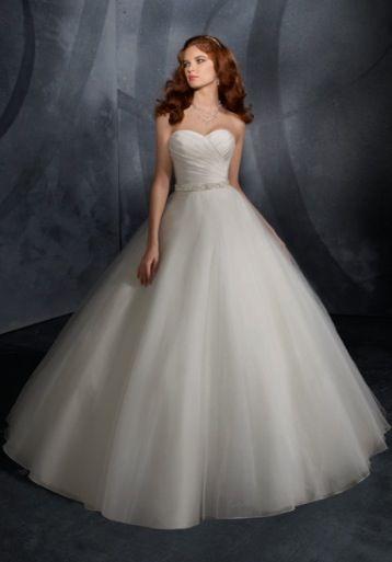 34bdd7847a8 Strapless Sweetheart poofy wedding dress