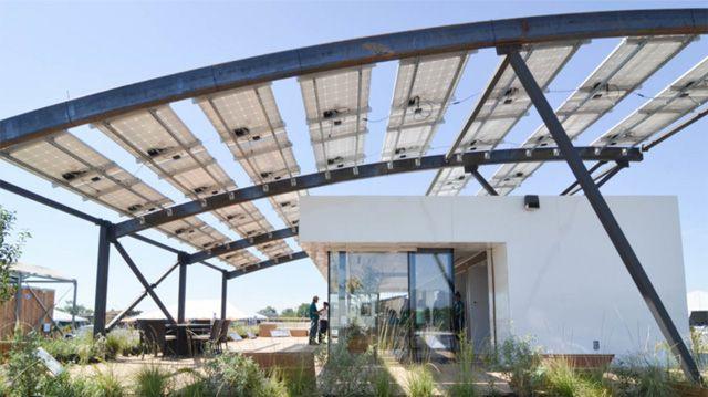 La casa a energia solare in materiale riciclato #sole #energYnnovation