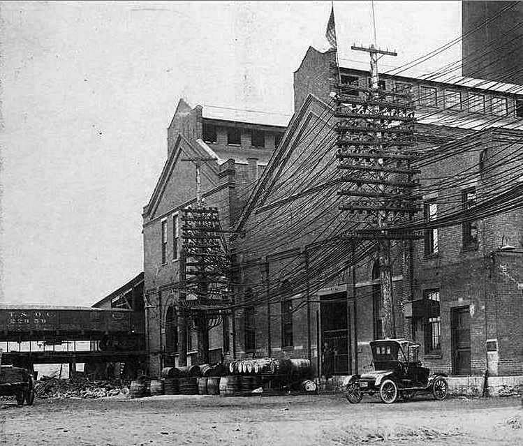This is the power house at the Columbus Railway Power and
