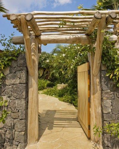 Entrada de Troncos by Saint Dizier Design | Quincho de maderA ...