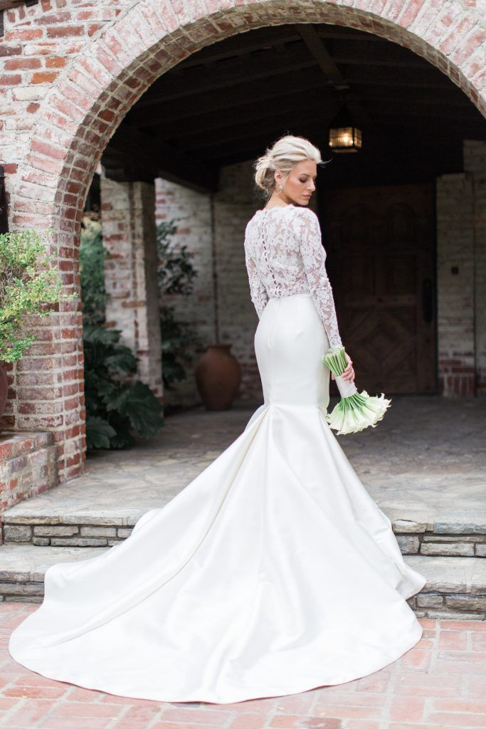 Morgan Stewart And Brendan Fitzpatrick S Wedding Photographer Shares Details Album Wedding Dresses Illusion Wedding Dress Pinina Tornai Wedding Dresses