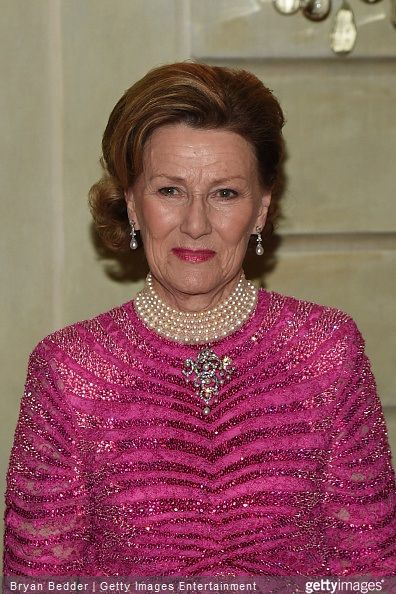 Queen Sonja Attends The American Scandinavian Foundation Gala Dinner Royal Fashion Norwegian Royalty Norway