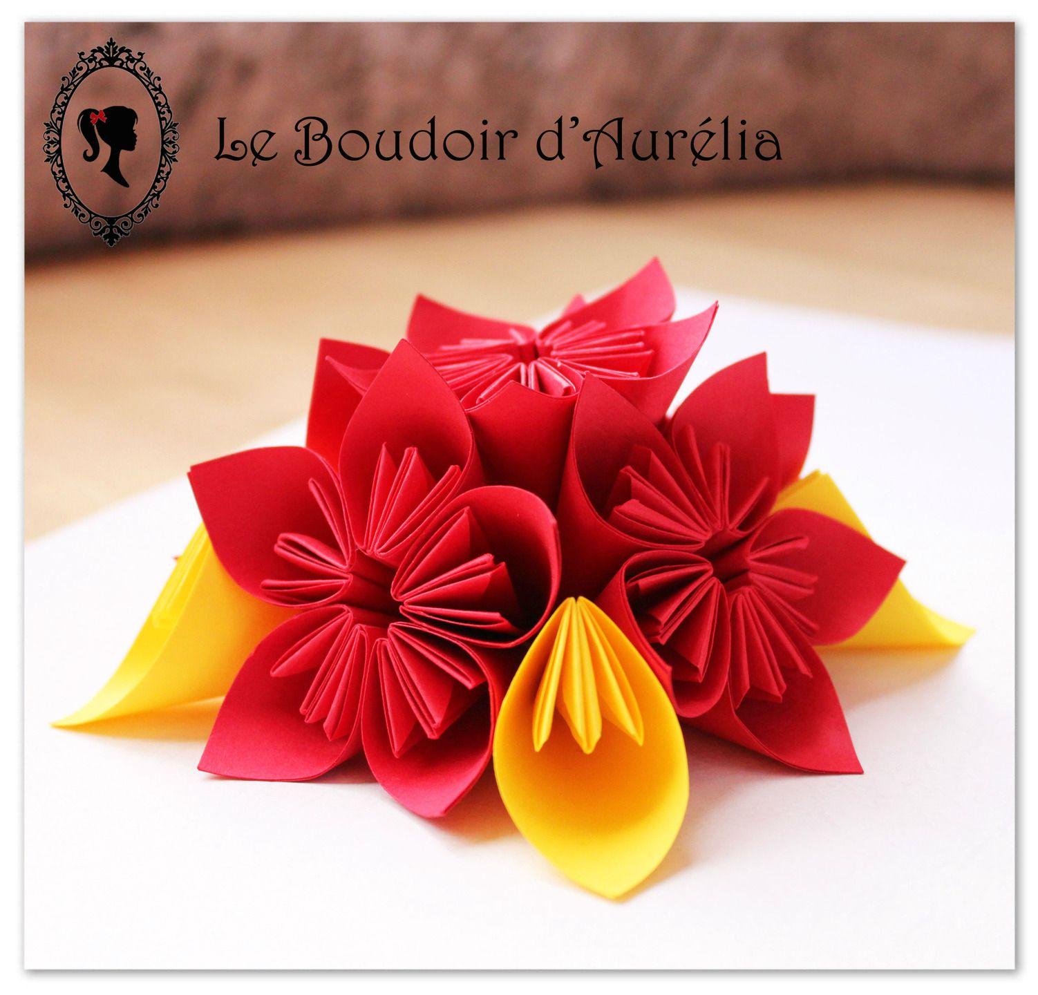 composition florale en papier fleurs d coratives en origami centre de table d coration de. Black Bedroom Furniture Sets. Home Design Ideas