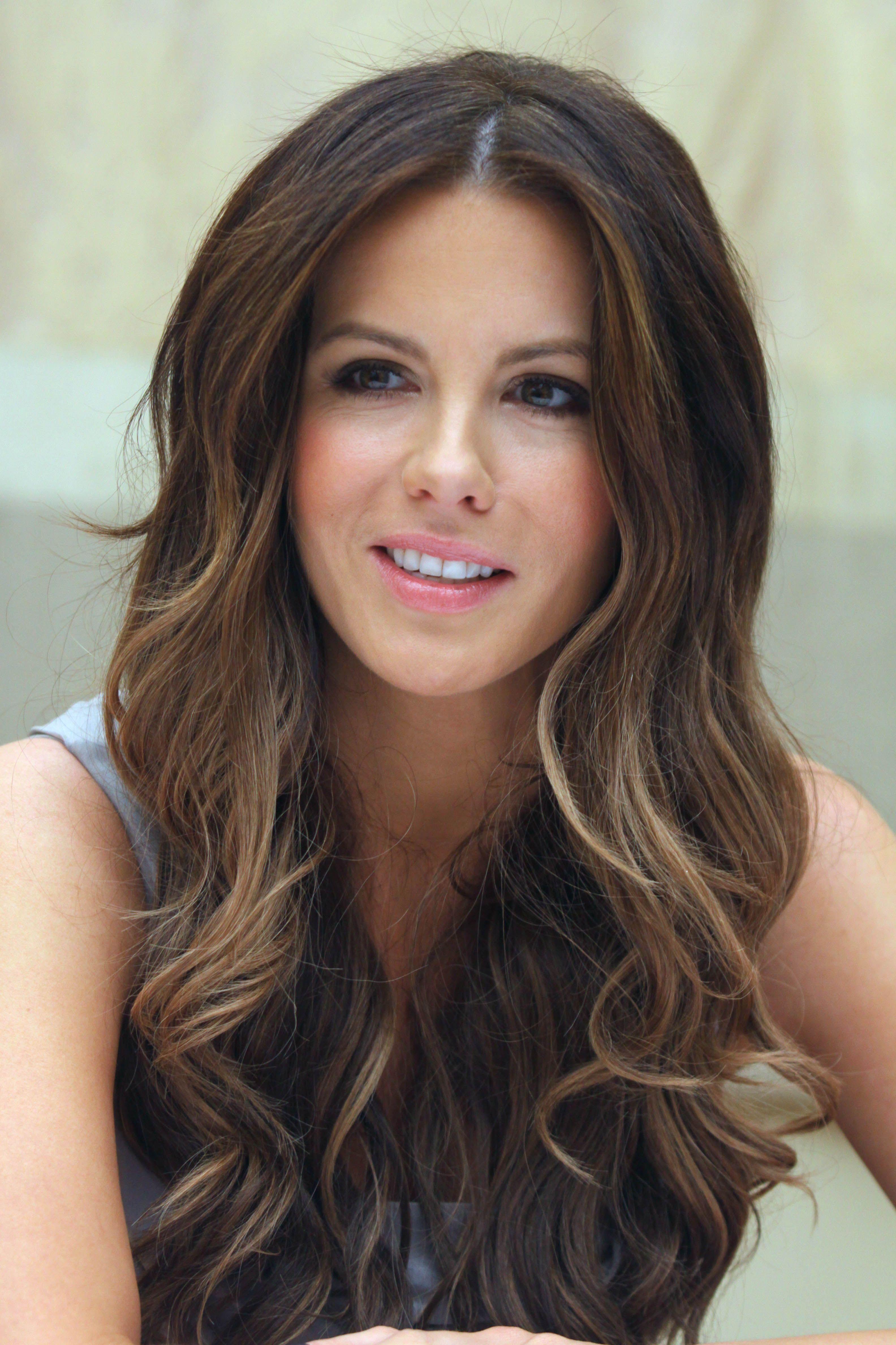 Kate Beckinsale Kate Beckinsale Hair Long Hair Styles Hair Styles